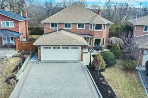 79 Canterbury Crt, Richmond Hill
