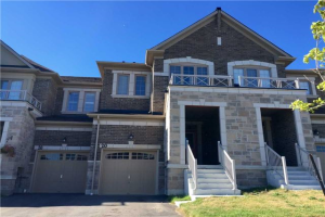 20 Rimrock Cres, Whitby