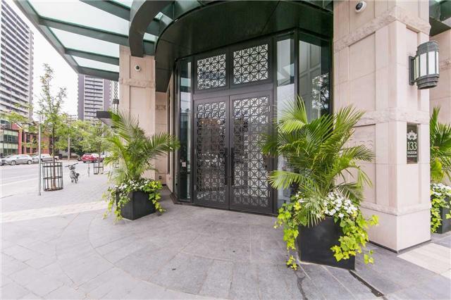 #306 - 133 Hazelton Ave, Toronto