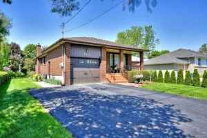 214 Norfolk Ave, Richmond Hill