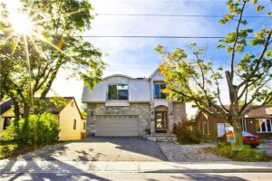 103 Lake Ave, Richmond Hill