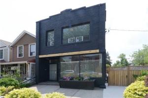 1004 Shaw St, Toronto