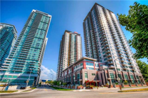 25 Town Centre Crt, Toronto