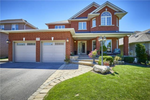 1555 Greenvalley Tr, Oshawa