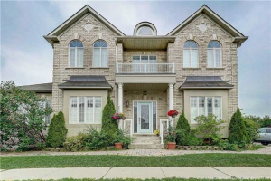142 Planter Cres, Vaughan