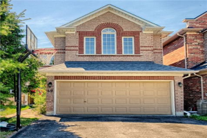 49 Golden Oak Ave, Richmond Hill
