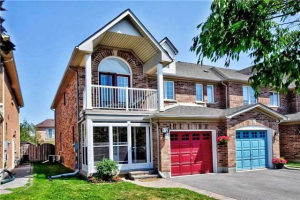 12 Cape Breton Crt, Richmond Hill