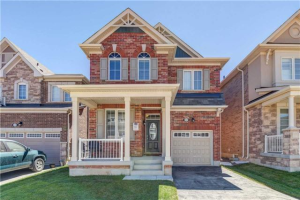 1324 Leger Way, Milton