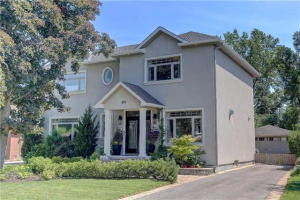 454 Valley Dr, Oakville