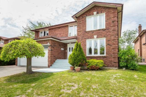 138 Whitchurch Mews, Mississauga