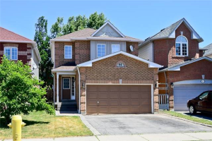 64 Steele Valley Crt, Whitby