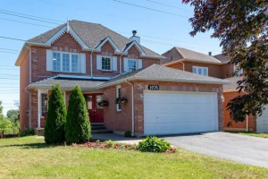 1076 Wildrose Cres, Pickering