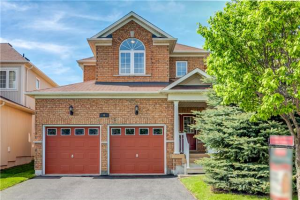 6 Hawstead Cres, Whitby