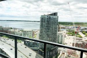 70 Queens Wharf Rd, Toronto
