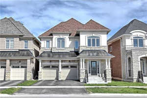 327 West Lawn Cres W, Whitchurch-Stouffville