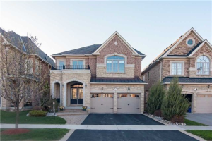 88 Wolf Creek Cres, Vaughan