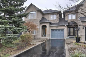 2161 Pinevalley Cres, Oakville