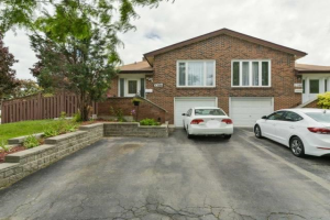 2386 Cashmere Ave, Mississauga