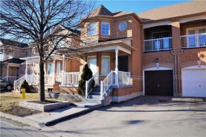 38 Bluewater Tr, Vaughan
