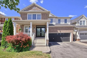6 Fred Silvester Rd, Whitchurch-Stouffville