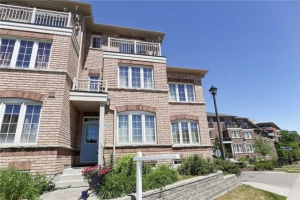 3356B Kingston Rd, Toronto