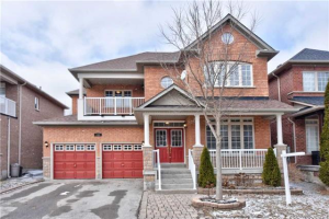 140 Vellore Ave, Vaughan