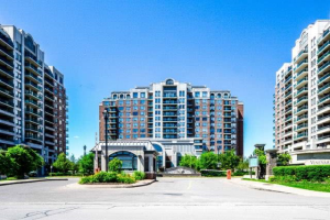330 Red Maple Rd, Richmond Hill