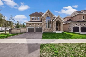 377 Cox Mill Rd, Barrie