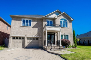 52 Timber Valley Ave, Richmond Hill
