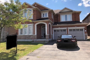 76 Brass Dr, Richmond Hill