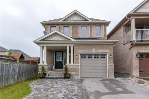17 Rich Cres, Whitby