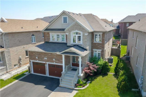 2398 North Ridge Tr, Oakville