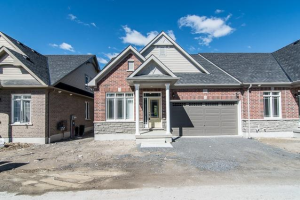 11 Washburn Path, Clarington
