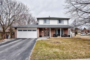 127 Booth Dr, Whitchurch-Stouffville