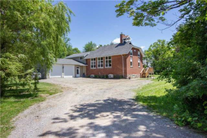 14 Pleasant Point Rd, Kawartha Lakes