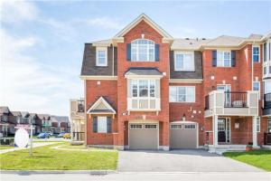 2 Midhope Way, Brampton