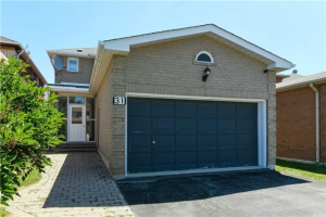 31 Mountbatten Rd, Vaughan