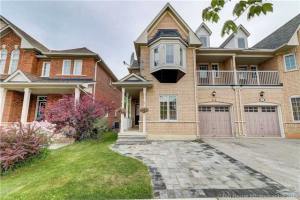 88 Lebovic Dr, Richmond Hill