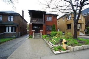 406 Runnymede Rd, Toronto