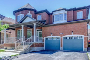 328 Mountainash Rd, Brampton