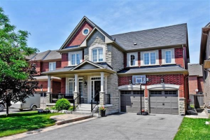 1100 Warby Tr, Newmarket