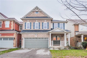 112 Clausfarm Lane, Whitchurch-Stouffville