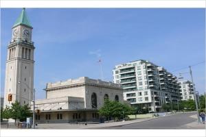 20 Scrivener Sq, Toronto