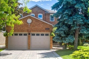 3464 Cherrington Cres, Mississauga