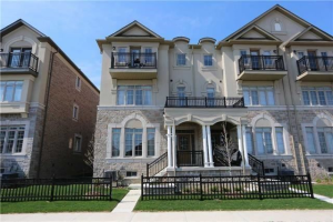 112 Puccini Dr, Richmond Hill