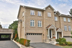 2639 Rogers Rd, Mississauga