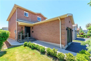 544 Bluesky Cres, Mississauga