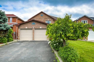 15 Valleyway Cres, Vaughan