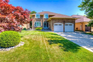 5212 Charnwood Cres, Mississauga
