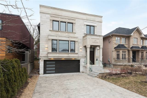 134 Ledbury St, Toronto